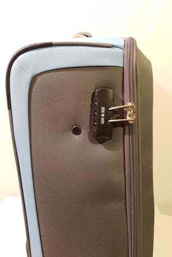 f1dd56b4c0e8 Puhafedeles bőrönd: Lamonza bőrönd A-11418 - Nettáska webáruház